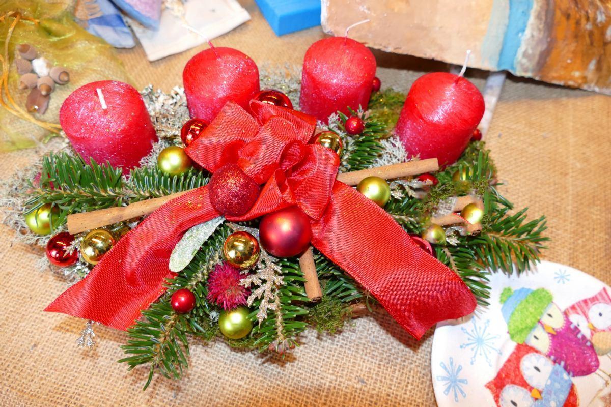 Izložba Božićnih ukrasa