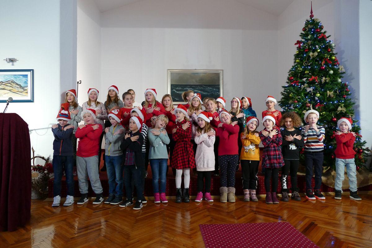 Božićna predstava OŠ I. Rabljanina